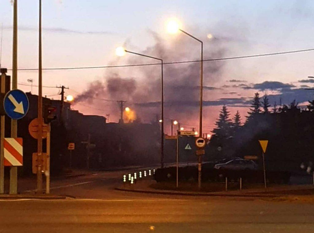 dym w Komornikach