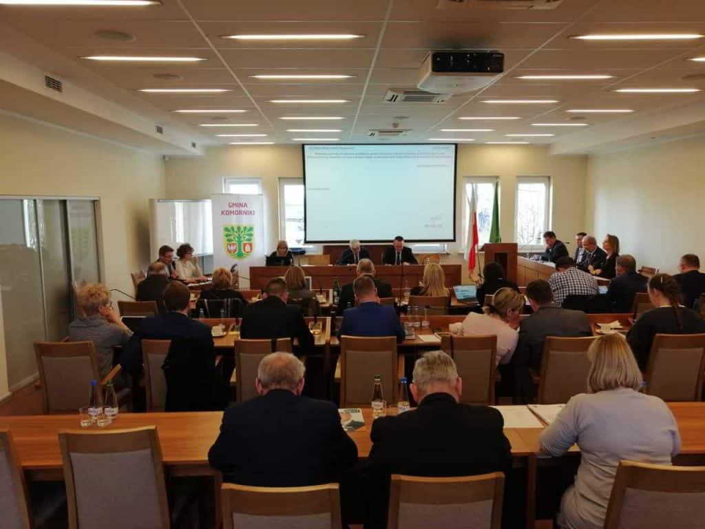 sesja rady gminy komorniki